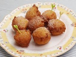 生パン粉で作るドーナツ