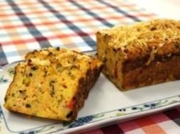 パン粉のケーク・サレ(塩味のケーキ)