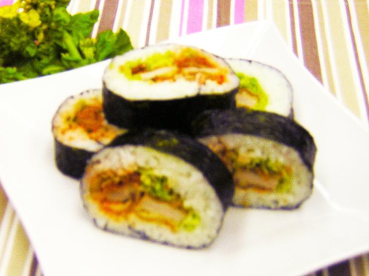 トンカツとキムチの 太巻き寿司